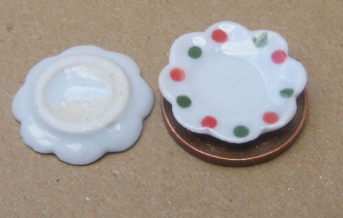 1:12 Scale 2 White Ceramic Dishes With A Spot Motif Tumdee Dolls House Miniature