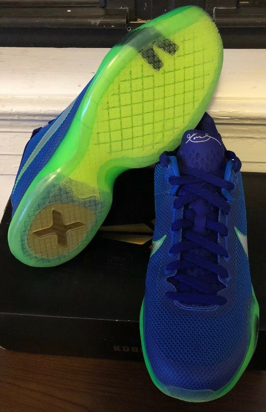 0fac936443a8 Nike Kobe X 10 Emerald City Men s Size 12 Basketball Shoes SNEAKERS ...