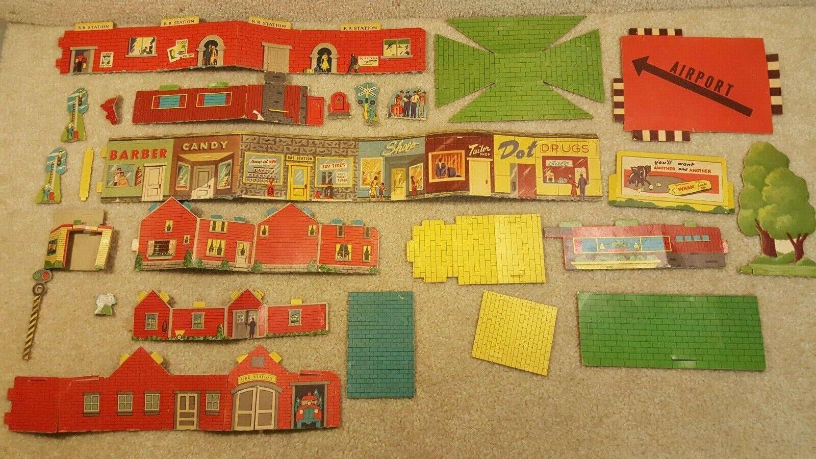 Vintage 1950's Marx Toys Wind Up Train Cardboard Station Village Town
