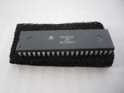 MOTOROLA MC6845P DIP-40 MOS N-Channel Silicon-Gate
