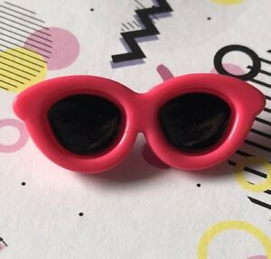 7f741c5d35d Hot Pink Resin Sunglasses Charms Resin Brooch Pin Badge G307 Kitsch ...
