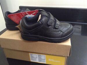 pour 5 garçons taille la avec noires 5 dans Timberland déchirures Chaussures boîte Nouveau Rd68wn5qR