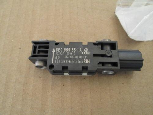 NUOVE Originali AUDI A3 A4 A8 TT longitudinale Crash Sensor 8E0959651A