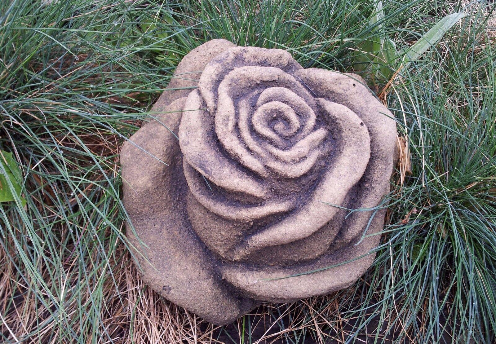 Skulptur Blaume Rosa Blüte groß Kunst Sandstein Antik Look Steinguss H 60 ROT  | eine große Vielfalt