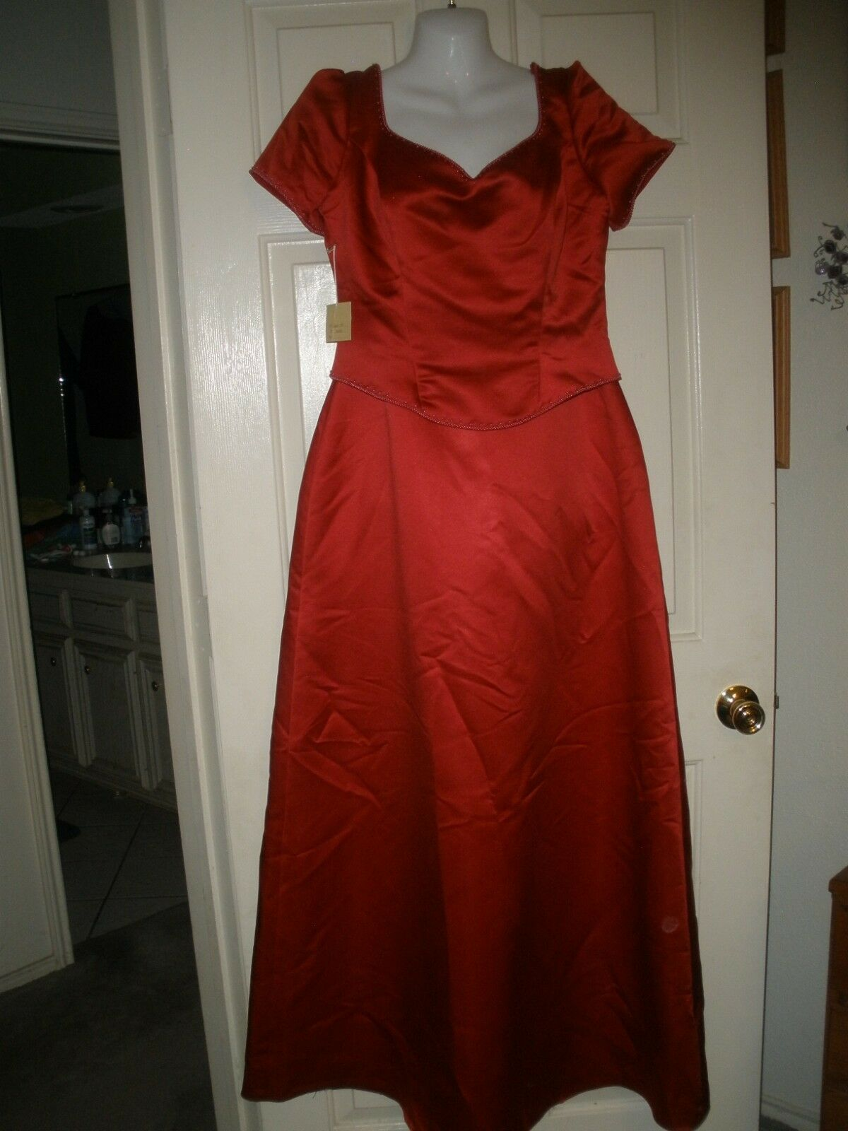 Ginnis Fashion Formal Dress Womens 16 Beaded Gown Full Length NEW NWT Deep Red