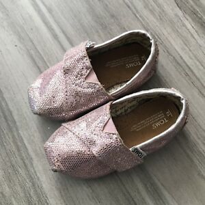 caed708b354a Toms Baby Girls Shoes Size T4 Pink Glitter Slip Ons Side Hook and ...