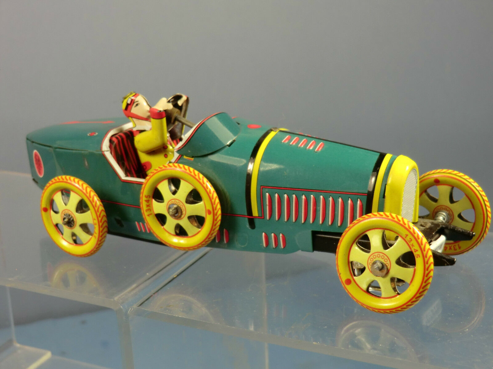 REPRODUCTION TINPLATE C  W MODEL No.1-970  1920'S  BUGATTI 2 SEATER TOURING CAR