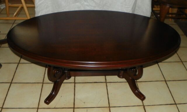 Delicieux Oval Cherry Coffee Table By Thomasville (CT44)