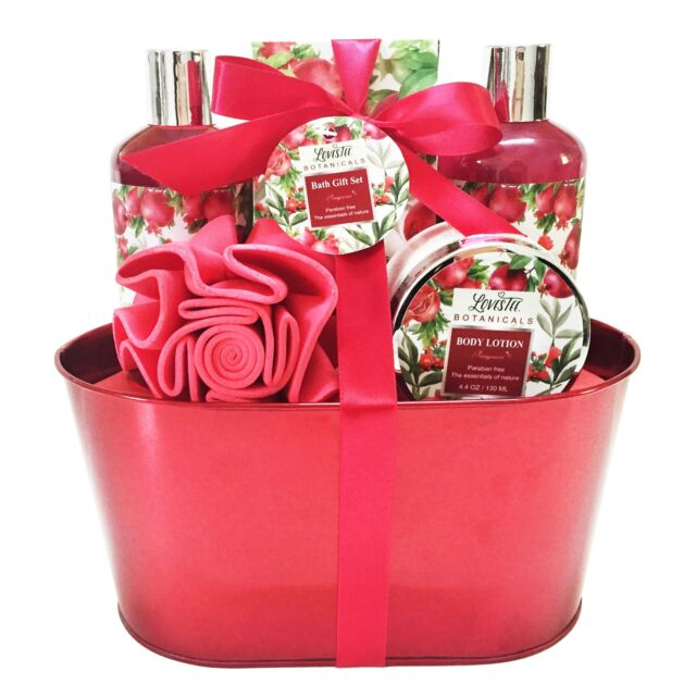 plus de photos 03217 b644b Spa Gift Basket and Bath Set With Relaxing Pomegranate Fragrance by  Lovestee GEL