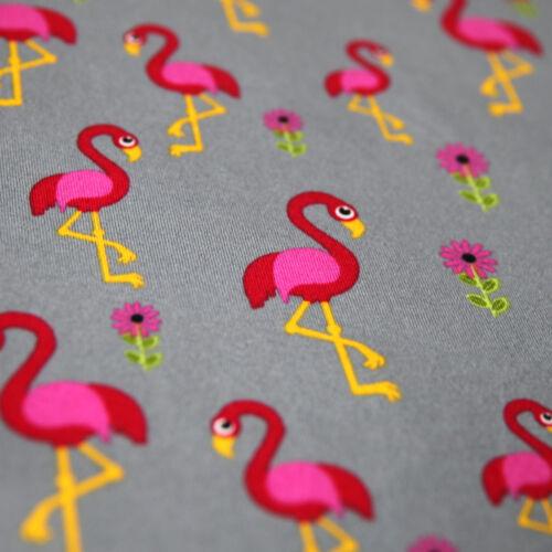 Jersey Stoff Flamingo Fuchsia Rot auf Grau mit Blumen Vögel Flamingos