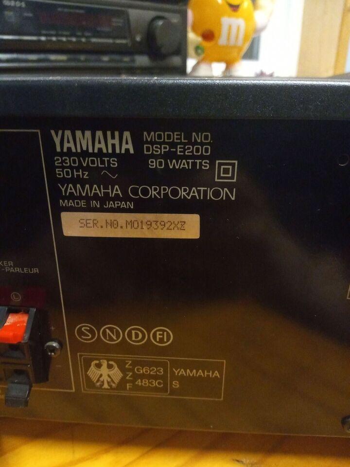 Forforstærker, Yamaha, 0 W