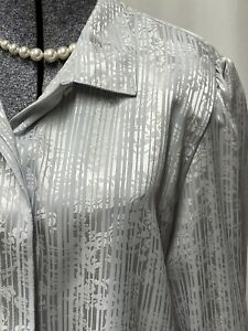 Metallic Silver Vintage Blouse S