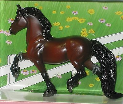 Breyer Stablemate Paso Fino from Horse Lovers Shadow Box # 5412 1:32 scale