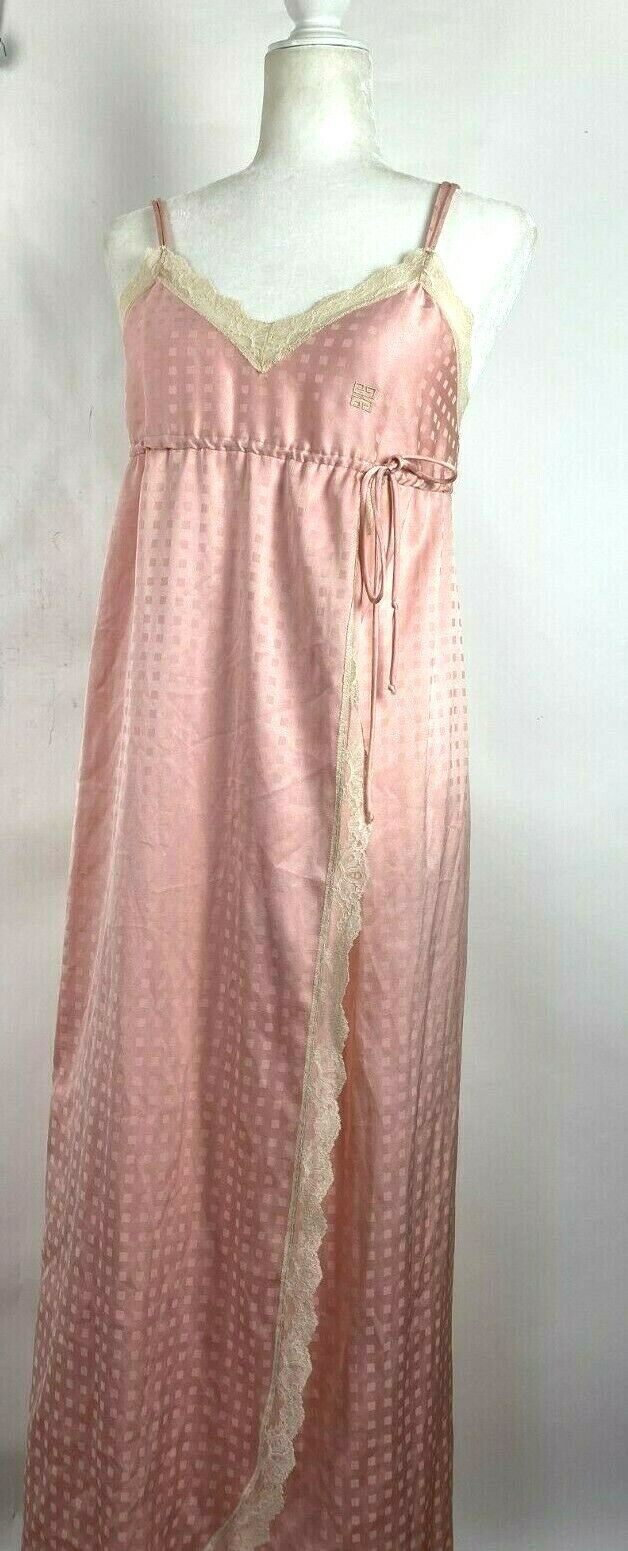 Vintage Givenchy Intimite for Saks Fifth Avenue Rose Pink Lace Nightgown Sz M