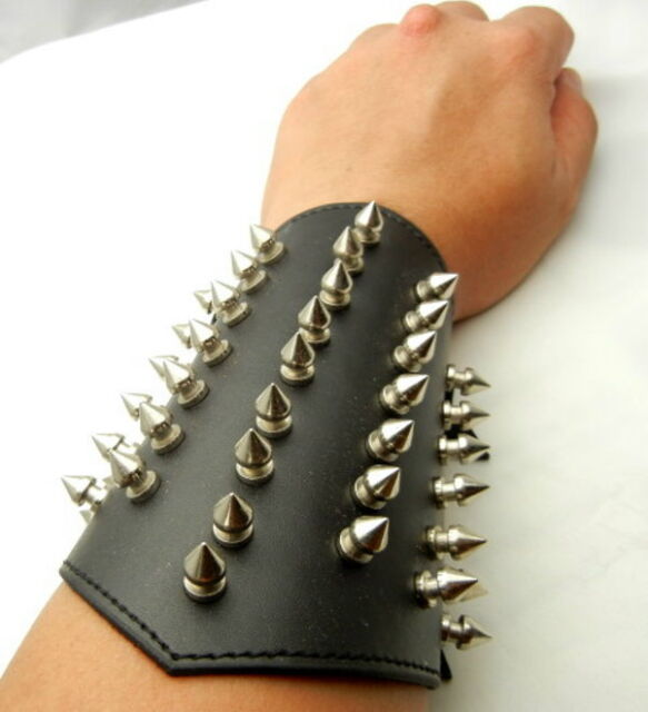 """Tew157- 6"""" Leather Cuff Bracer Arm Armor with 40 pcs 12mm metal spikes"""