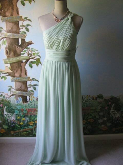 Donna Morgan Pastel Green Evening Gown Dress One Shoulder Ruched Bodice 6 New