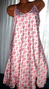 White-Red-Art-Deco-Design-Chemise-Short-Gown-1X-2X-Plus-Adjustable-straps
