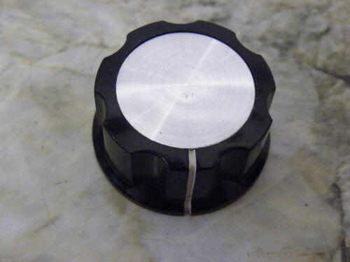 Negro estriados Plata Incrustaciones Panel pot Perilla De Electrónica 1//4 6,35 Mm GRUB k7series
