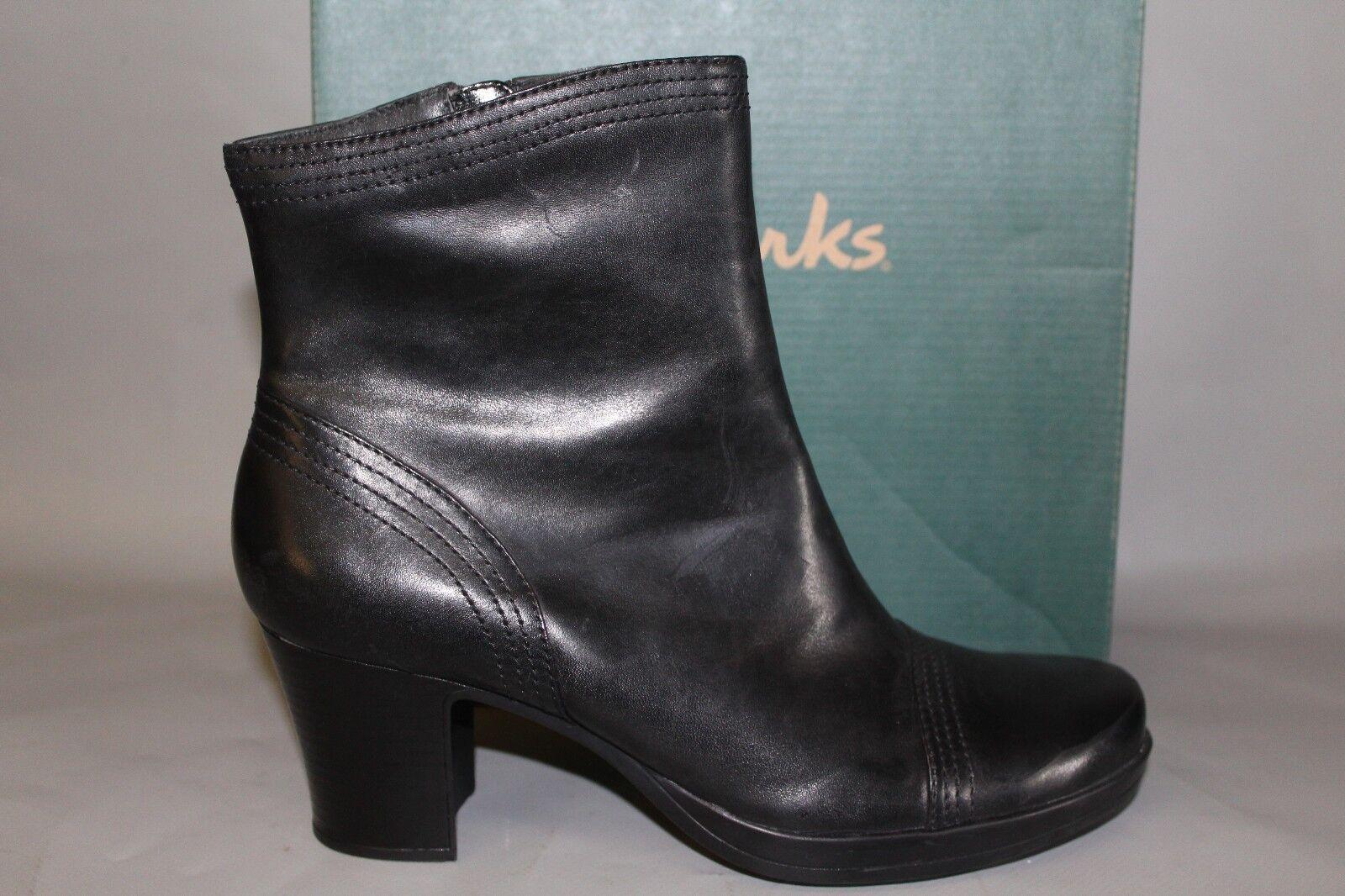 NEW Women's Clarks Toni Size 8.5 Medium Black Leather Dress Boots