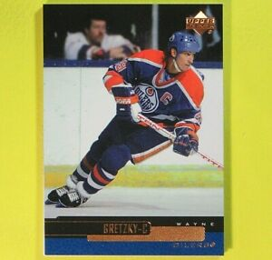 WAYNE-GRETZKY-1999-Upper-Deck-Base-Card-4-Edmonton-Oilers