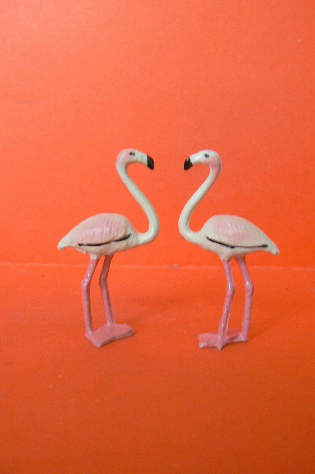 LEAD HOLLOW   BF   CIRCUS OR ANIMALS SAUVAGES   BEAUTIFUL SET OF 2 FLEMISH pinkS