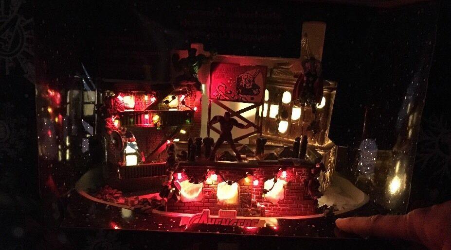 Avengers LED Lighted Street Fighting House Hulk Iron Man Thor Christmas Village
