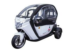 VELECO 3 Wheel Electric Vehicle Electric Mobility Scooter FROST