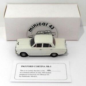 Pathfinder Minicar 43 1/43 Échelle Min5 - 1963 Ford Cortina Mk I 1 sur 300 Blanc