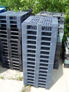 16-VARIOUS-BRANDS-HEAVY-GRADE-43-034-x43-034-STANDARD-RACKABLE-PLASTIC-PALLETS