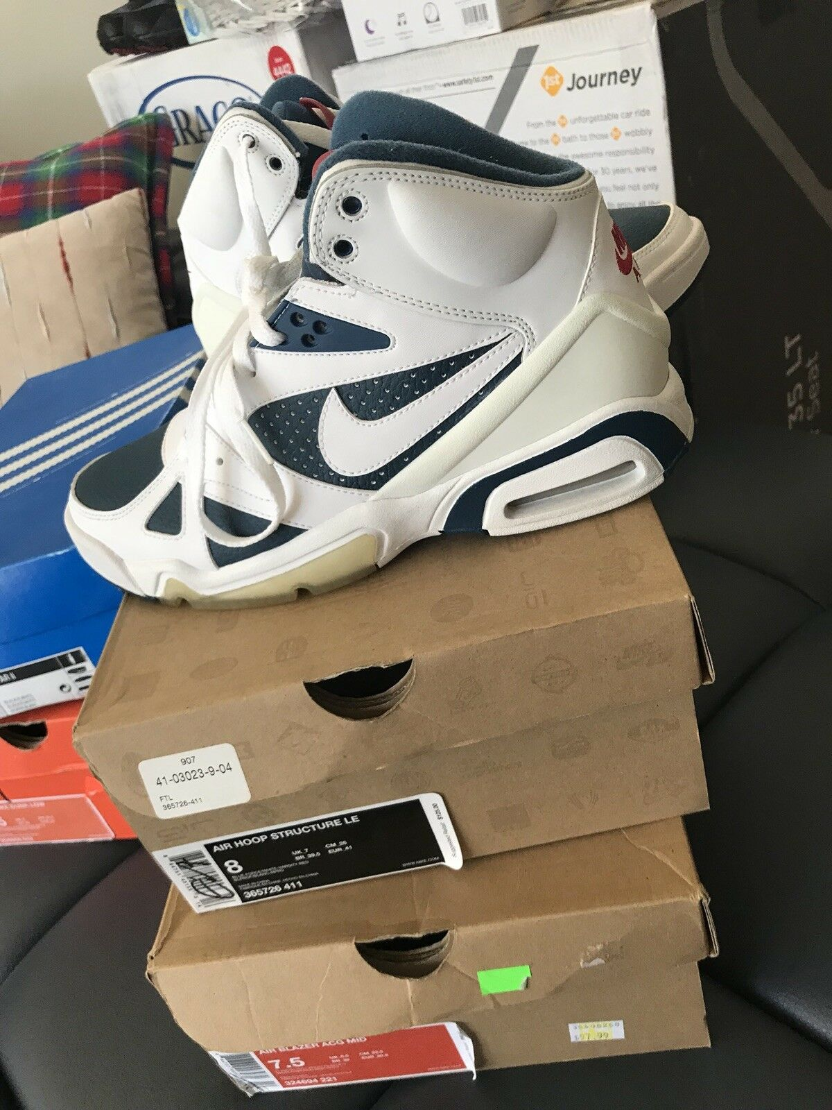 Rare 2009 Mens Nike Air Hoop Structure LE.. Mens Size 8