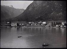 Glass Magic Lantern Slide NORWEGIAN LOCATION NO28 C1930 PHOTO NORWAY VILLAGE