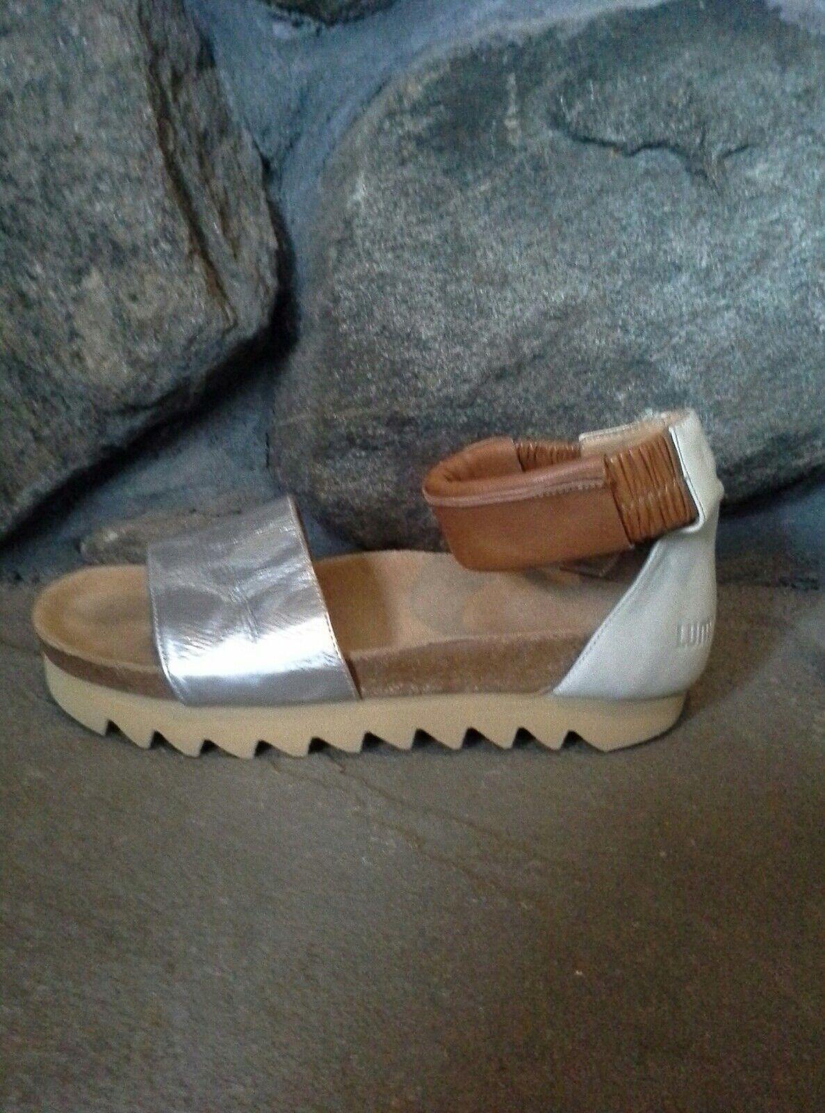 Urban Outfitters Brigitta by Cork Sandal by Brigitta LUMI Metallic Size 39 COMFORTABLE  196 870d93