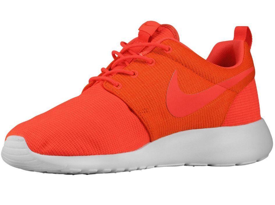 sports shoes de9e3 e62de 2015 NIB MENS NIKE ROSHERUN SHOES  120 10.5 bright crimson team orange full  mesh 60%
