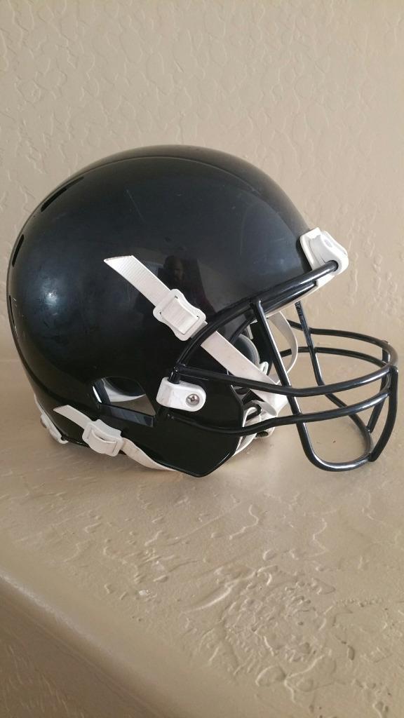 Xenith X2 Youth Medium Football Helmet w Adaptive Head Predection - Dark bluee