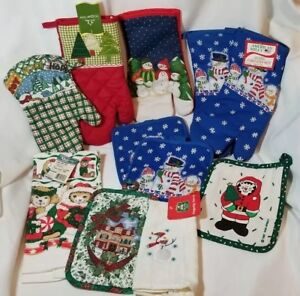Vintage Lot Of Eleven Christmas / Holiday Kitchen Linens Tea towel oven mitts