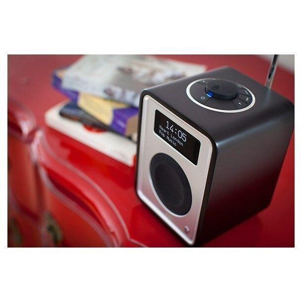 DAB-radio, Andet, RUARK R1 DAB+