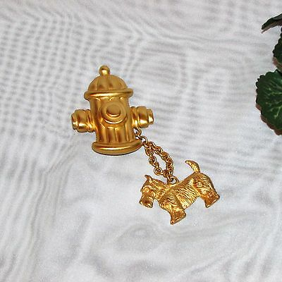 SCOTTIE DOG & FIRE HYDRANT BROOCH SCOTTISH TERRIER LARGE CHATELAINE PIN GOLDTONE