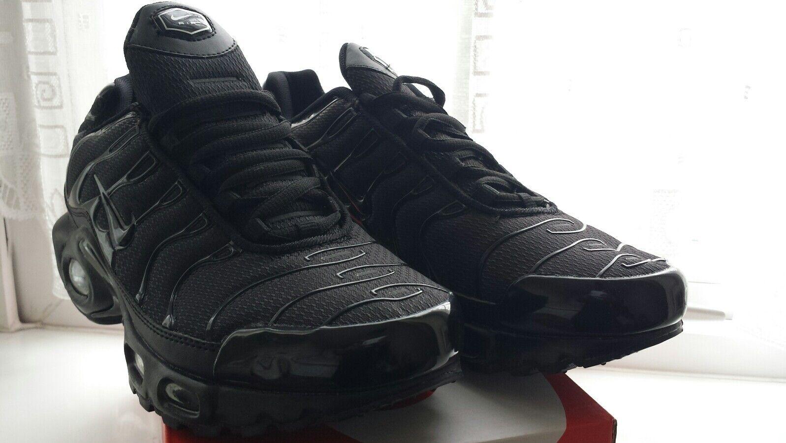 Bnwb Nike Air Max TN Plus Size Size Plus 9 triple negro modelo mas vendido de la marca 08d019