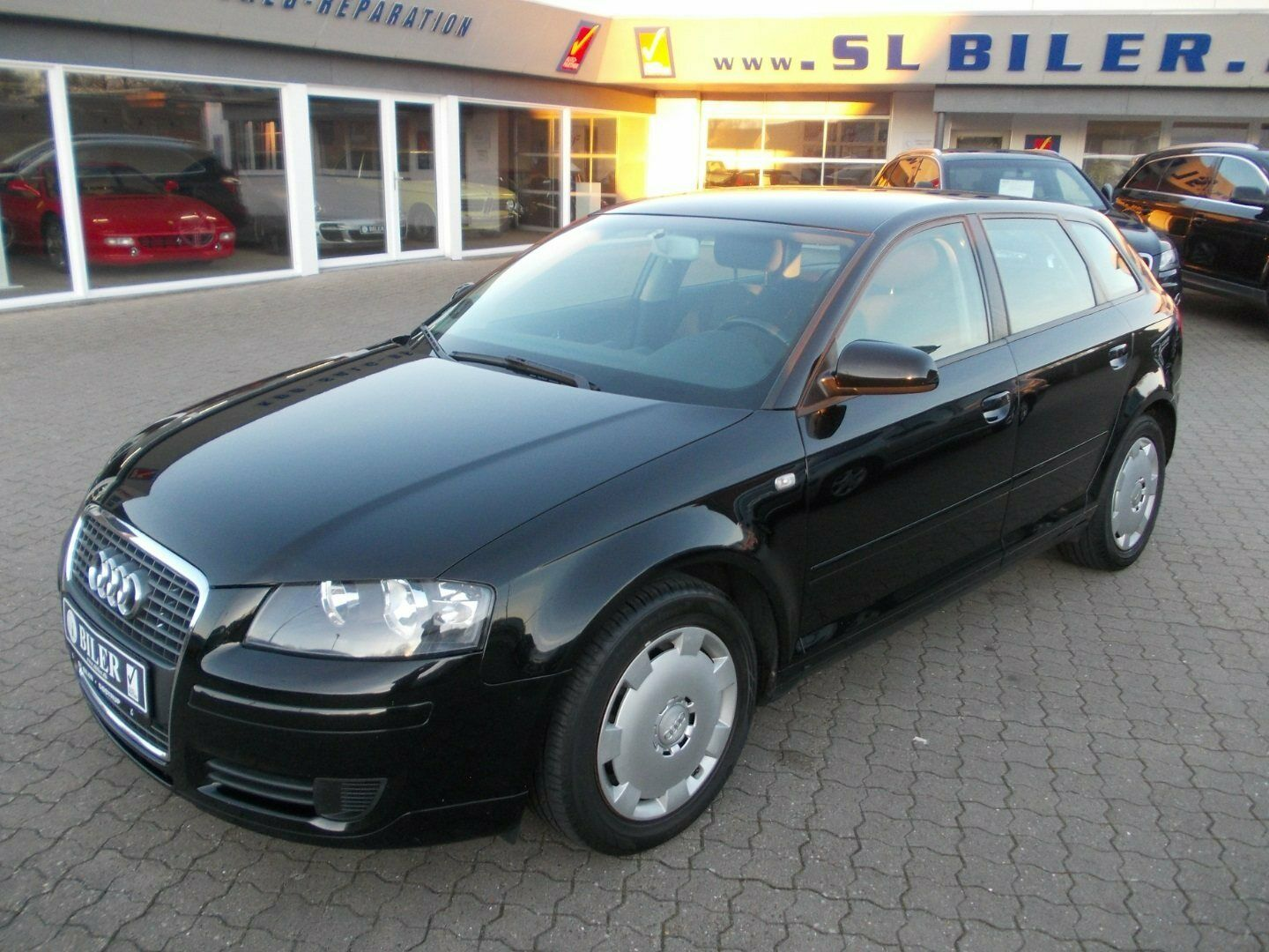 Audi A3 1,4 TFSi Attraction SB 5d