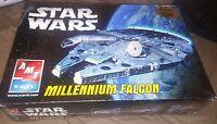 Star Wars Millenium Falcon Amt Ertl 2005