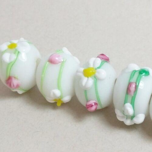 4 un Blanco Rondelle Perlas De Murano De Flor de la Margarita 15x12mm M1188-1