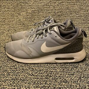 Nike-Air-Max-Tavas-Gray-White-Men-039-s-Athletic-Running-Shoes-Size-9-5