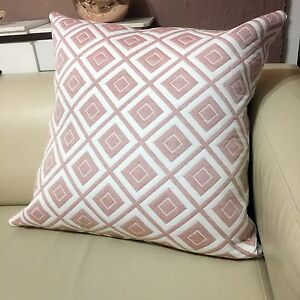 Two tone large quilt home filled scatter cushion zip cover for Living room quilt cover