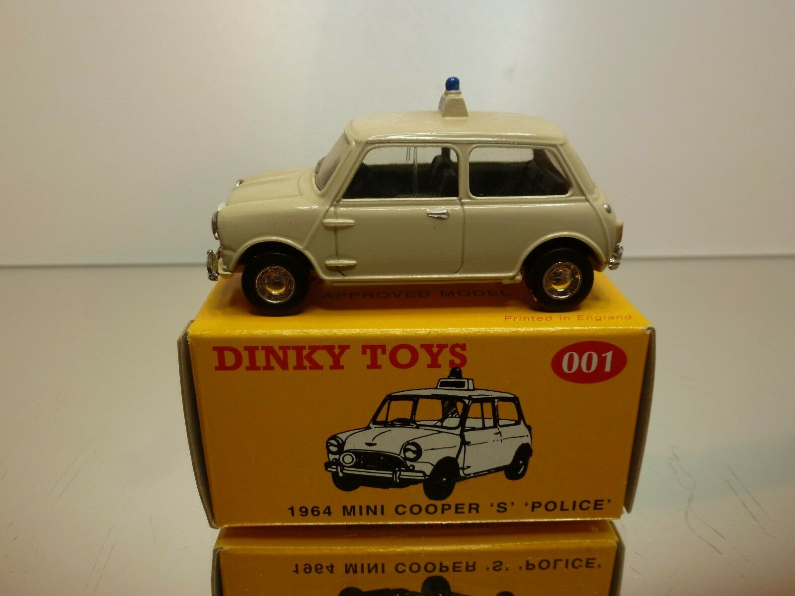 DINKY TOYS CODE 2 001 MINI COOPER S 1964 POLICE - OFF-blanc 1 43 - EXCELLENT IB