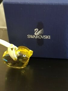 swarovski-crystal-figurines-Chick-ornament
