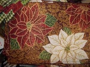 New-set-4-Christmas-Placemats-Poinsettas-Sparkle-Tapestry-w-Metallic