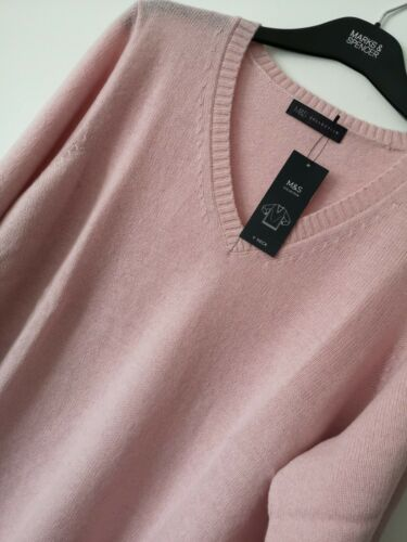 LADIES M/&S SIZE 24 PALE PINK SOFT WOOL RICH TUMBLE DRY JUMPER FREE POST