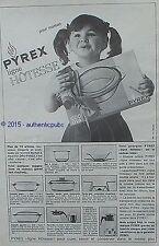 PUBLICITE PYREX PLAT LIGNE HOTESSE VERRE CADEAU POUR MAMAN DE 1963 FRENCH AD PUB