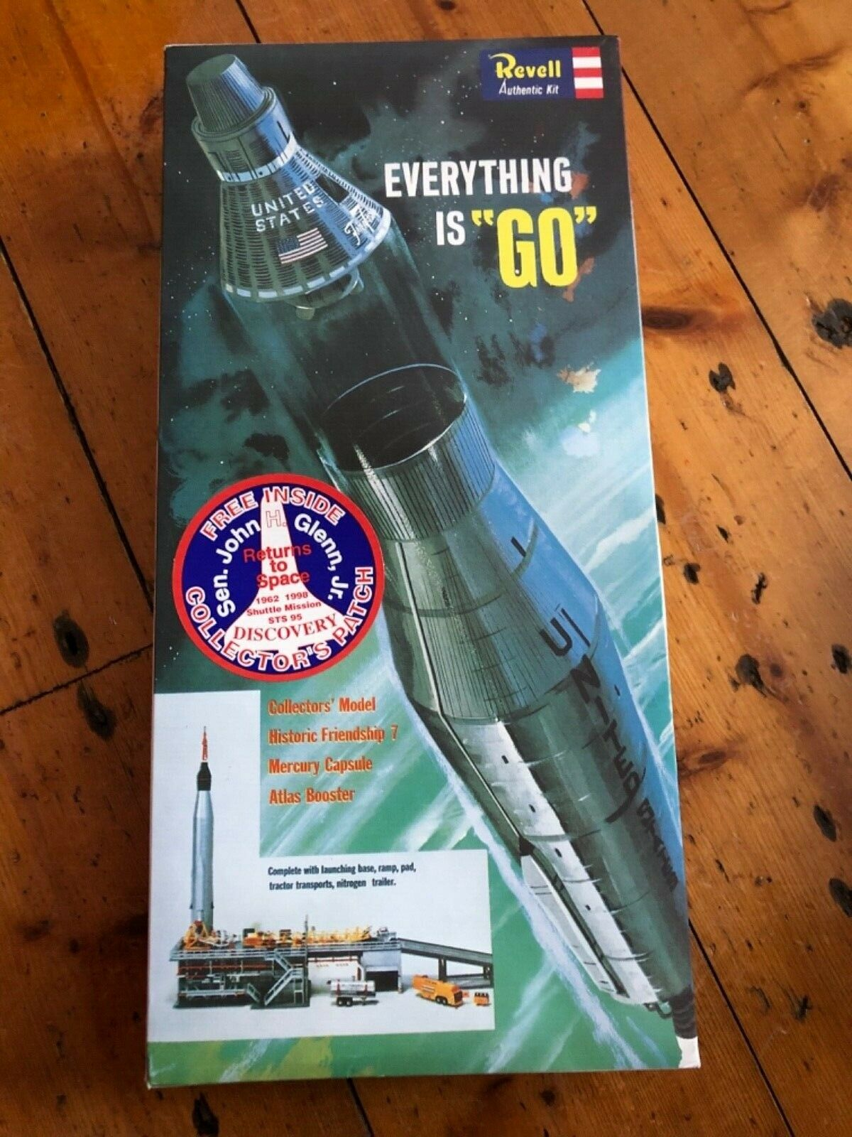 REVELL - Everything Is Go Friendship 7 Mercury Capsule  Construction Toy