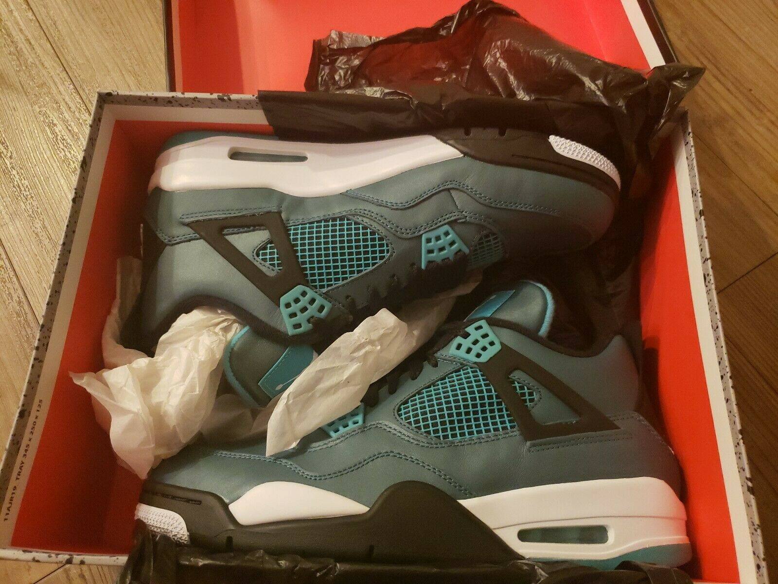 compra limitada Jordan 4 4 4 Retro verde Azulado 30th Air  venderse como panqueques